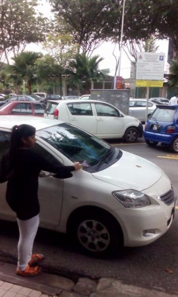 Car Windscreen Flyer Distribution Car Windscreen Insertion Local Distribution Malaysia, Selangor, Kuala Lumpur (KL), Puchong Services, Distribution, Delivery | DDG Enterprise