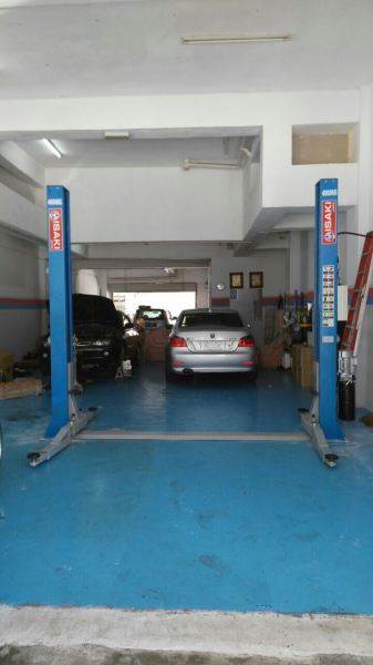 ISAKI Japan 4000kgs 2 Post Fully-automatic Released Safety Lock Mesin Lif Pos Isaki Jepun Malaysia Johor Selangor KL Supply Supplier Suppliers | Acefield Automotive Equipment Tools Sdn Bhd