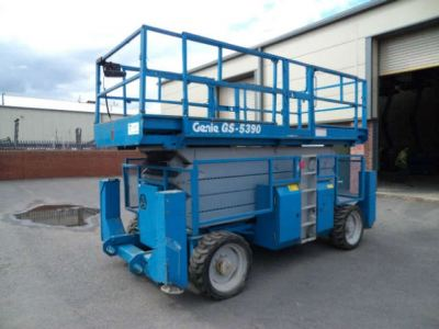 GS-5390RT Scissor Lift - 18meter
