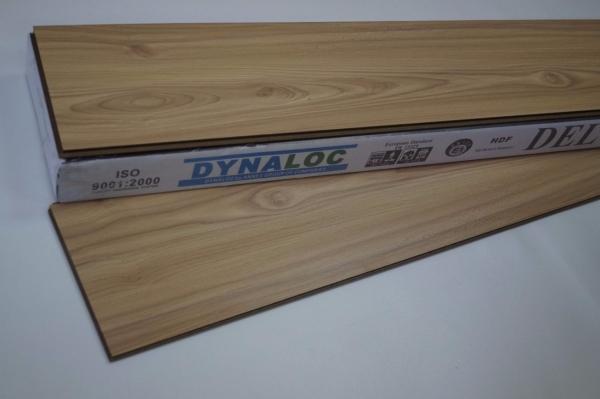 Laminate Flooring 8mm - Wild Oak ( D-0925 ) 8mm Laminate Flooring Laminate Flooring Malaysia, Selangor, Puchong, Kuala Lumpur (KL), Kelantan Supplier, Supply    Dynaloc Sdn Bhd