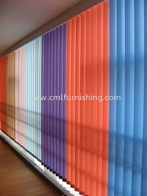 mixed-colour-vertical-blinds 1