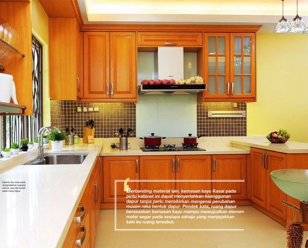 Clic Tropical Kitchen Cabinet