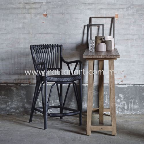 RATTAN BAR STOOL LOC