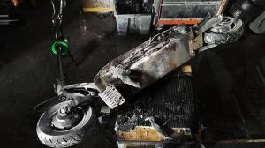 2 Injured After Batteries Explode in E-scooter Store
