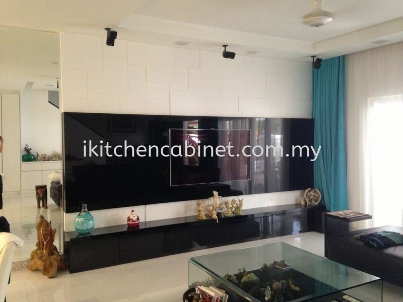 TV13 每 TV Cabinet With Black Colour Glass Television Consoles Selangor, Malaysia, Kuala Lumpur (KL), Puchong Supplier, Suppliers, Supply, Supplies | i-Kitchen Cabinet Sdn Bhd