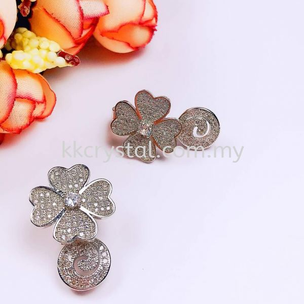 Buckle,Clover Magnet, Code 0283027, White Gold Plated, 2pcs/pkt Buckle  Jewelry Findings, White Gold Plating Kuala Lumpur (KL), Malaysia, Selangor, Klang, Kepong Wholesaler, Supplier, Supply, Supplies   K&K Crystal Sdn Bhd