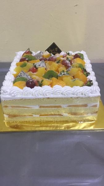cake 004 Cake Taiping, Perak, Malaysia. Suppliers, Supplies, Supplier, Supply | Irene's Florists De Beaute