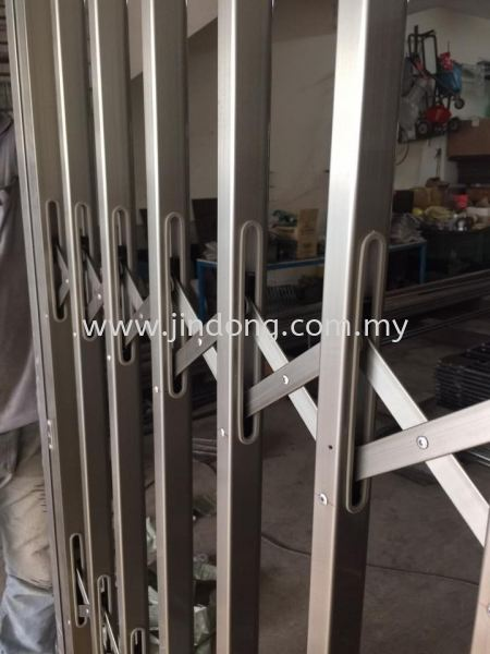 Stainless Steel Collapsible Door Stainless Steel Collapsible Door ²»Ðâ¸Ö¼ôµ¶ÃÅ Johor Bahru (JB), Malaysia, Ulu Tiram Supplier, Suppliers, Supply, Supplies | Jin Dong Invisible Grille & Jin Dong Steel Works (M) Sdn Bhd