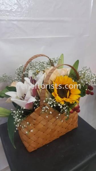 TA 012 Fresh flowers in Basket Table Arrangement Taiping, Perak, Malaysia. Suppliers, Supplies, Supplier, Supply | Irene's Florists De Beaute