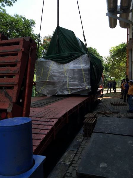 Low Loader Rental 40-45 Feet Low Loader Rental Selangor, Malaysia, Kuala Lumpur (KL), Shah Alam Services | Gigamach Sdn Bhd