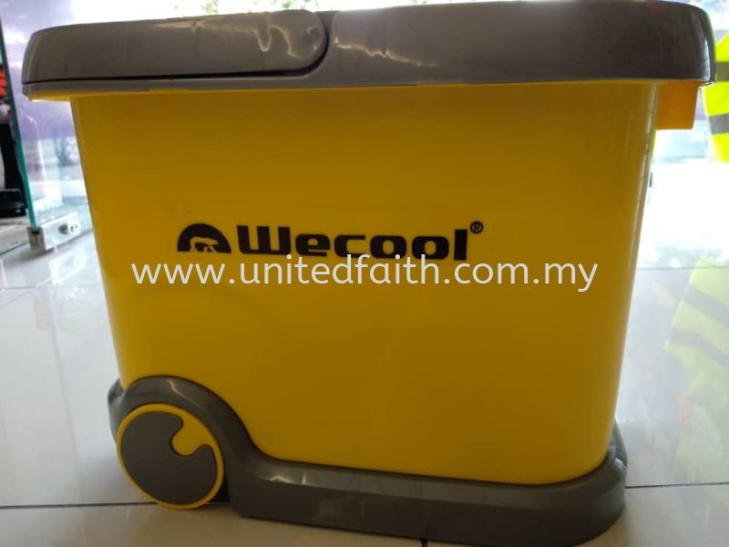 WECOOL WATER PUMP c/w Container and Car Adaptor Spray Pump Selangor, Puchong, Malaysia, Singapore, Kuala Lumpur (KL) Supplier, Suppliers, Supply, Supplies | United Faith Sdn Bhd