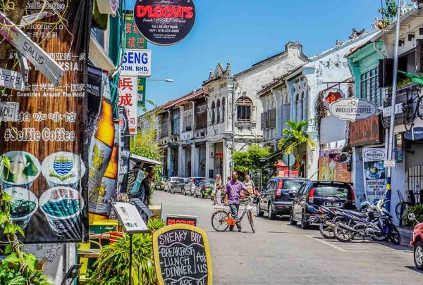Penang Day Tour Johor, Malaysia Services | Easygo Transport