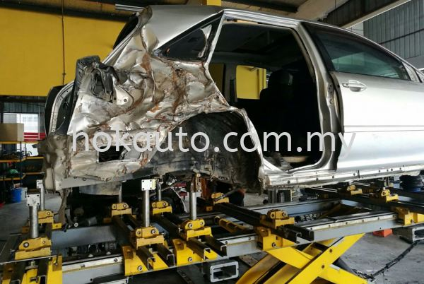 Chassis Straightening Vehicle Repair - Exterior  Johor Bahru (JB), Malaysia, Tampoi Services | Hok Auto Services (JB) Sdn Bhd
