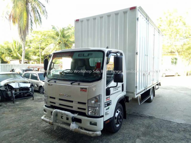 17ft Custom Made Container Box 17ft Custom Made Container Box Custom Made Container Box Kedah, Malaysia, Lunas Services, Workshop | Gemilang Sinar Auto Workshop Sdn Bhd