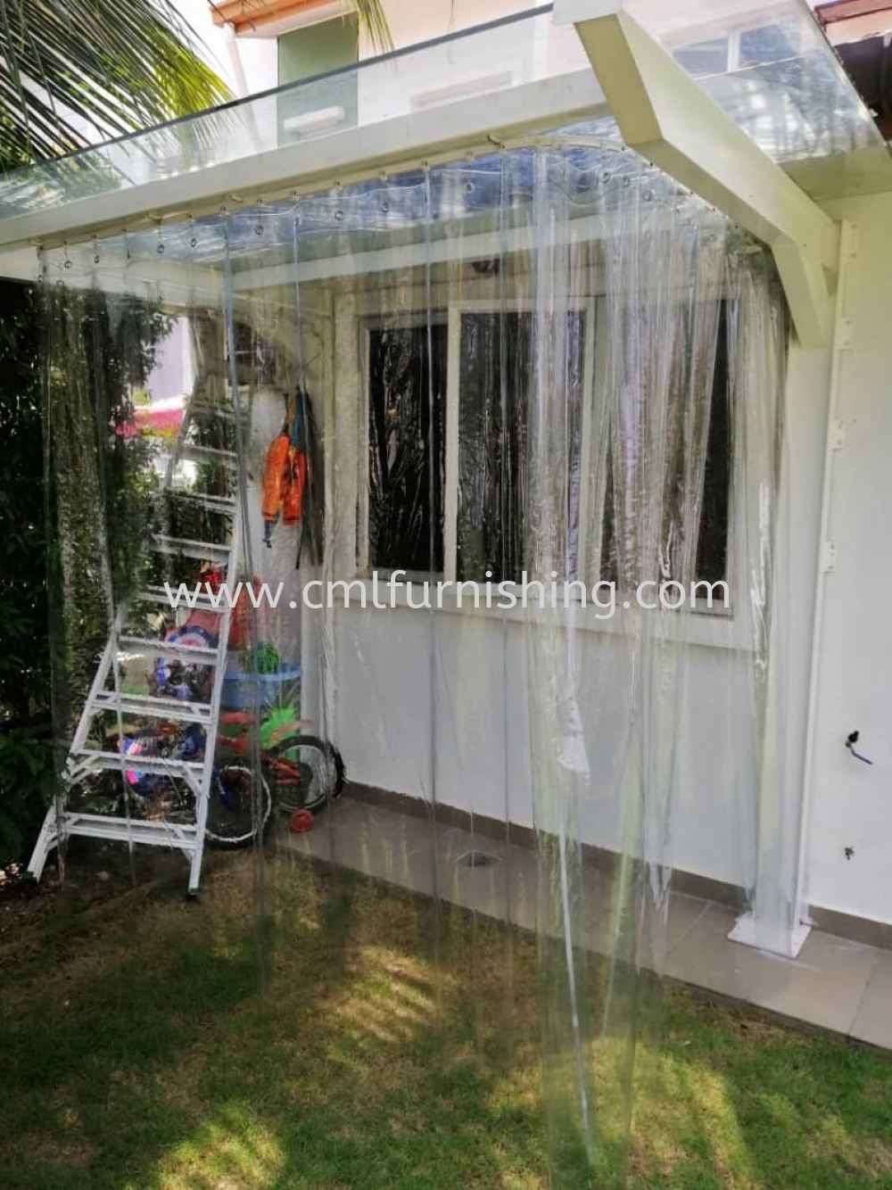 pvc-transparant-curtain-curved