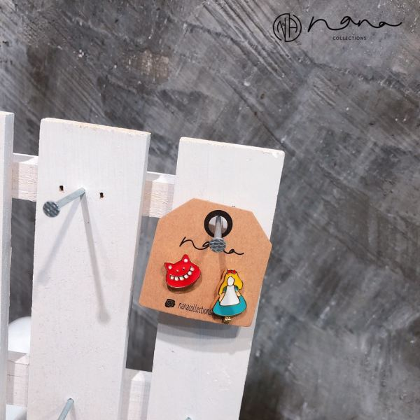 Cartoon - E261 Alice in Wonderland  RM7.90 (Brown) BY PRICE  EARRINGS Johor Bahru (JB), JBCC, Komtar, Malaysia Supplier, Suppliers, Supply, Supplies | Nana Collections