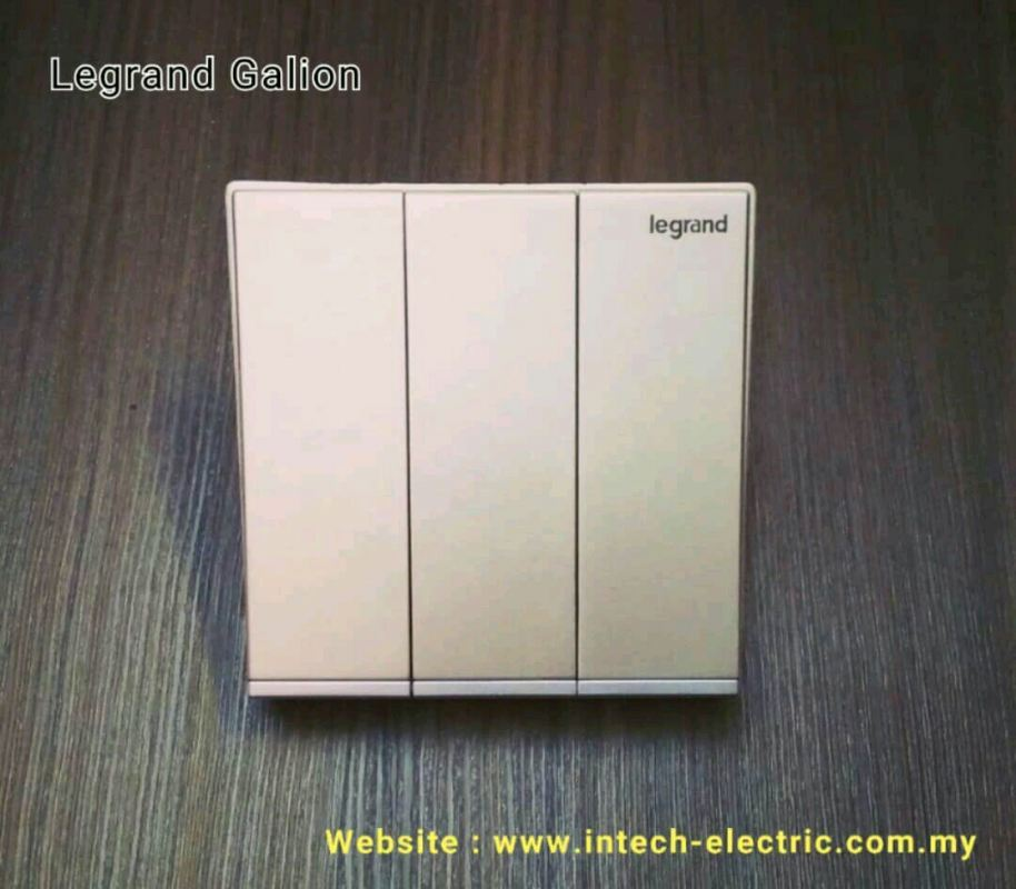 LEGRAND GALION 282405-C2 3GANG 2WAY SWITCH - CHAMPAGNE£¨SILVER BAR£©