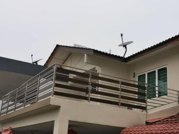 Balcony / Swimming Pool Railing Selangor, Malaysia, Kuala Lumpur (KL), Seri Kembangan Supplier, Installation, Supply, Supplies | Steelmax Metal Works