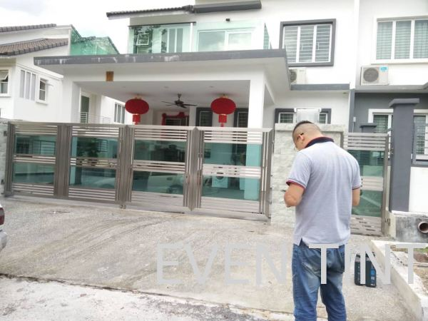 green film install at door glass Safety Film and Solar Film Selangor, Malaysia, Kuala Lumpur (KL), Semenyih Supplier, Suppliers, Supply, Supplies | Even Tint