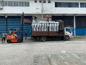 >>>02.12.2019 Loading bundle to customer's lorry <<<