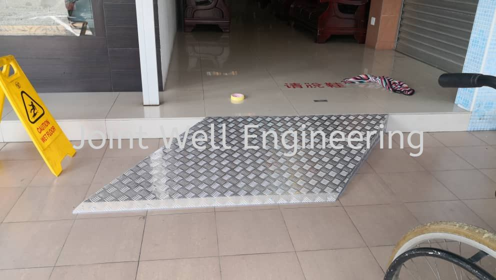 Aluminium Step Rack And Cabinet Others Product  Johor Bahru (JB), Johor Installation, Supplier, Supplies, Supply | Joint Well Engineering