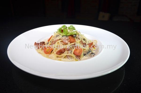 PT1 Carbonara Bacon & Mushroom Pasta Main Course Puchong, Selangor, Malaysia, Kuala Lumpur (KL) Restaurant   Uber Management Sdn Bhd