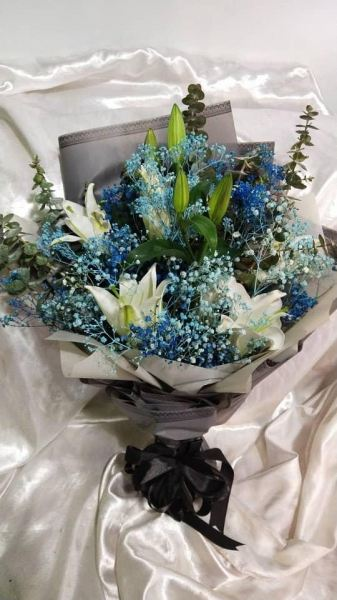 Lily Bouquet (HB-1036) Lily Hand Bouquet Kuala Lumpur (KL), Selangor, Malaysia Supplier, Suppliers, Supply, Supplies | Shirley Florist