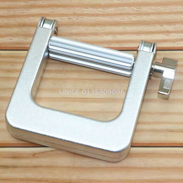 Stainless Steel Color Squeezer Tools & Accessories  HAIR ACCESSORIES Johor Bahru JB Malaysia Supplier & Wholesaler   UNICE MARKETING SDN BHD
