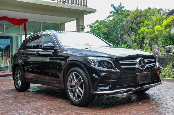 MERCEDES BENZ GLC250 AMG 4MATIC 2016 UNREG MERCEDES Selangor, Subang Jaya, Malaysia, Kuala Lumpur (KL) Car Dealer   Century Empire Holdings Sdn Bhd