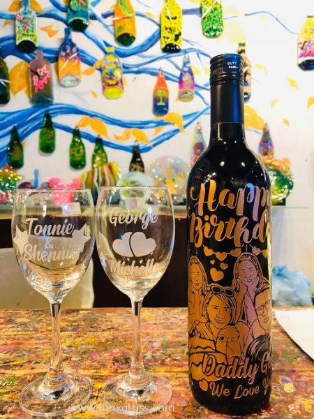 3 & Above Portraits or Pet Portraits Wine Carving Gifts Penang, Malaysia Supplier, Suppliers, Supply, Supplies | IBOX DESIGN