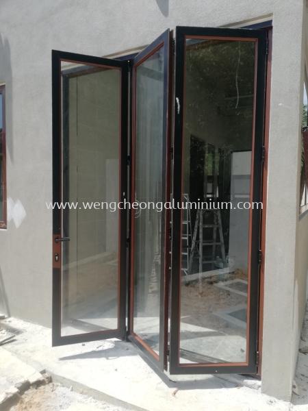 Aluminium Folding Door & Window Selangor, Malaysia, Kuala Lumpur (KL), Sungai Buloh Supplier, Suppliers, Supply, Supplies | Weng Cheong Glass Trading Sdn Bhd