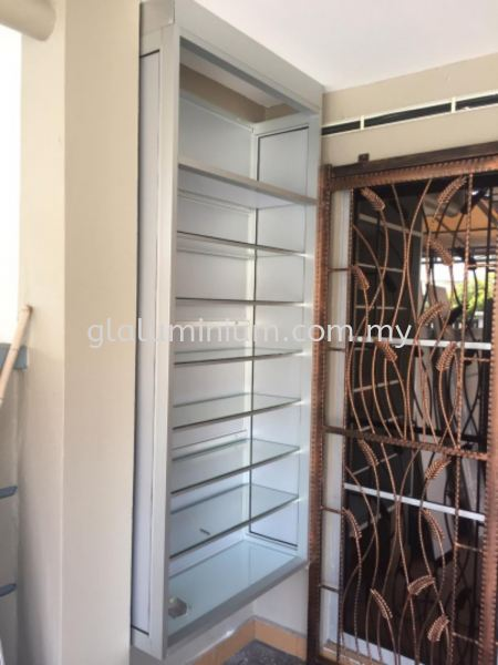 aluminium silver + composite panel silver + clear glass  shoes case cabinet aluminium Selangor, Malaysia, Kuala Lumpur (KL), Cheras Supplier, Installation, Supply, Supplies | GL GLASS & ALUMINIUM TRADING
