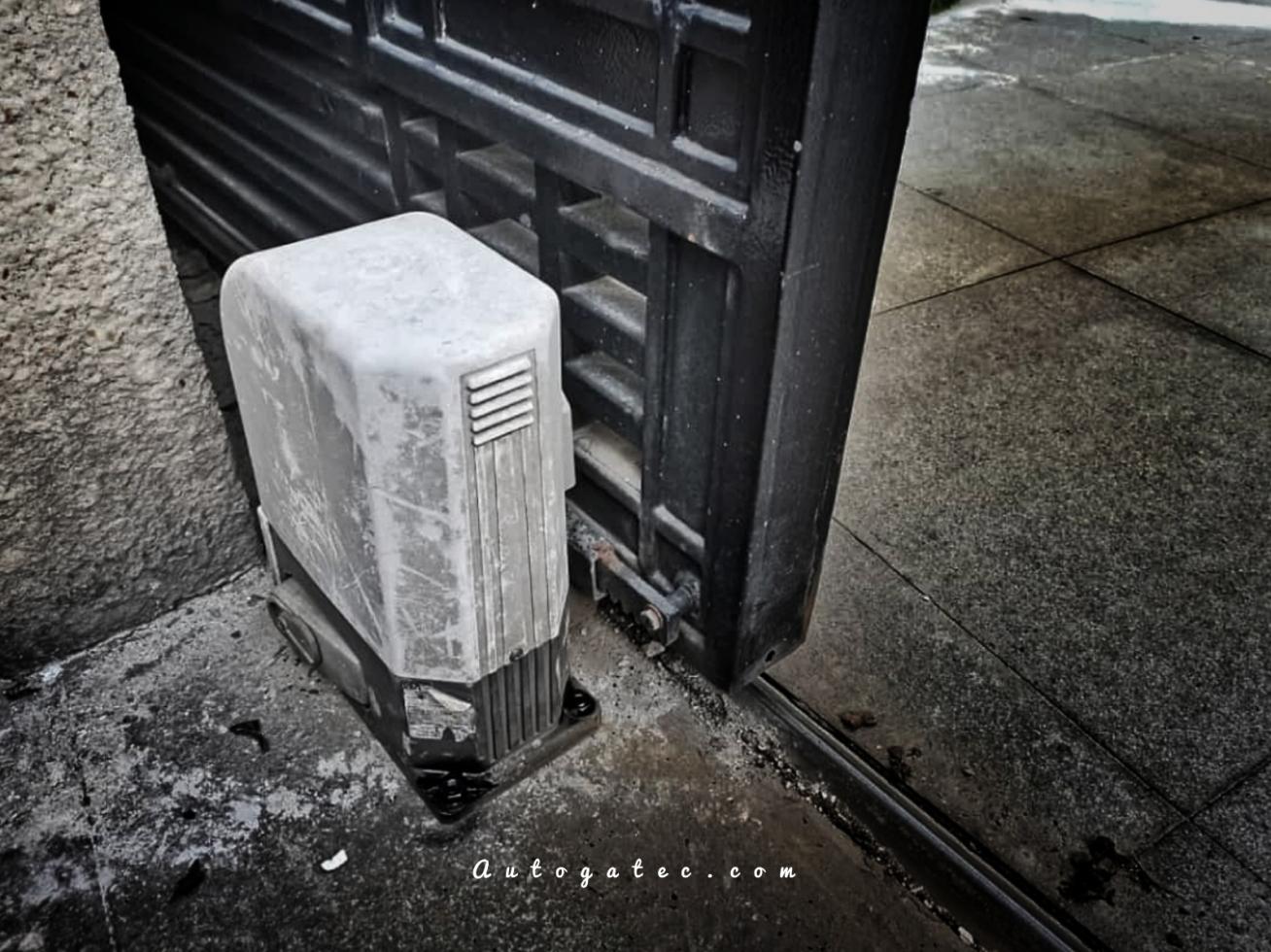 Photos of Autogate Repairing