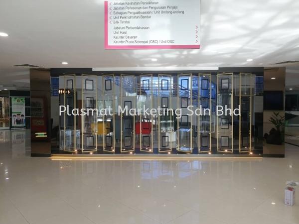 ACRYLIC DISPLAY PANEL RACKING Acrylic Custom Made Product Selangor, Malaysia, Kuala Lumpur (KL), Klang Supplier, Services, Supply, Supplies | Plasmat Marketing Sdn Bhd