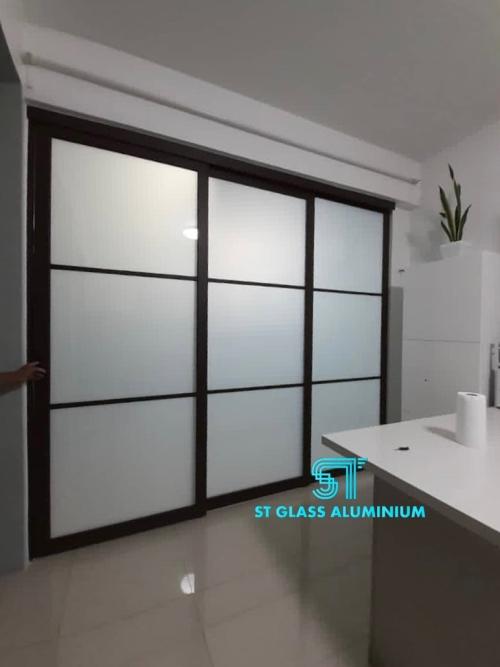Hanging Sliding Door