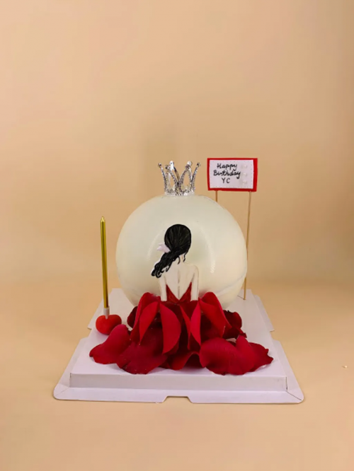 Girl With Roses Dress Knock Knock Cake