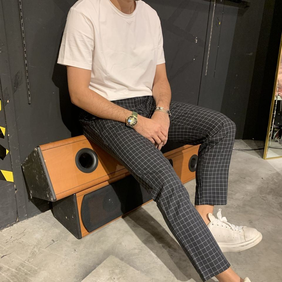 KOREAN 9' ANKLE CUT WITH SIDE TAP TROUSER IN FINE CHECKER