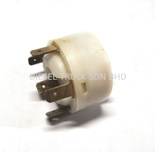 IGNITION CABLE SWITCH 5PIN (3 SERIES) 371910