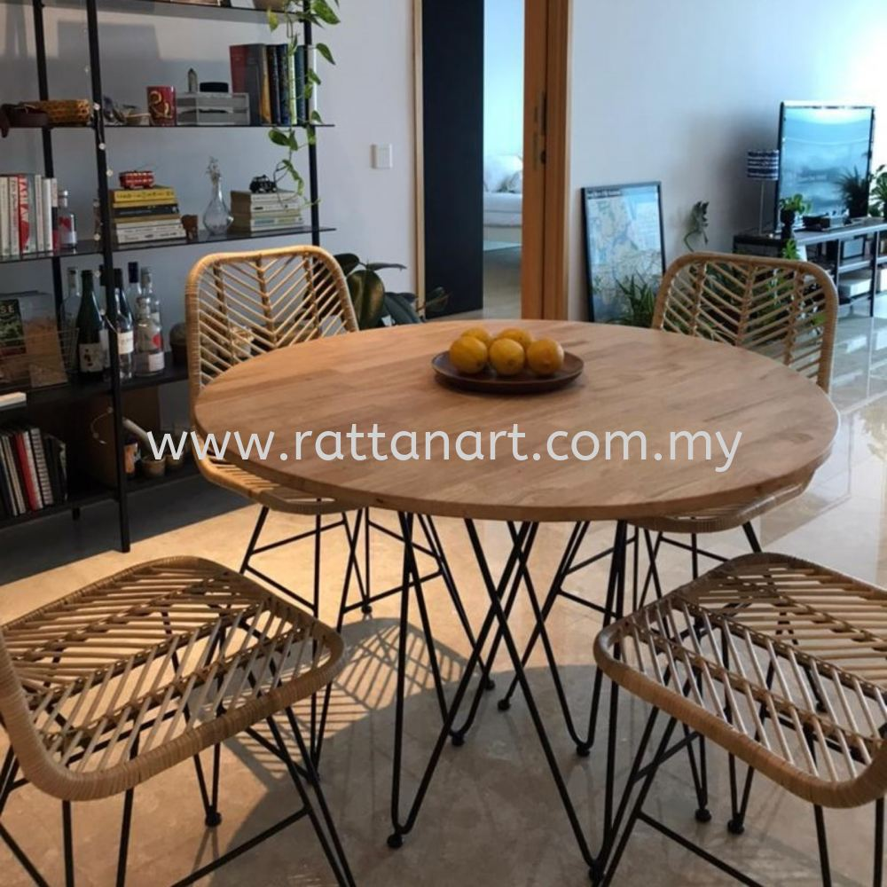 WOOD DINING TABLE CACABO