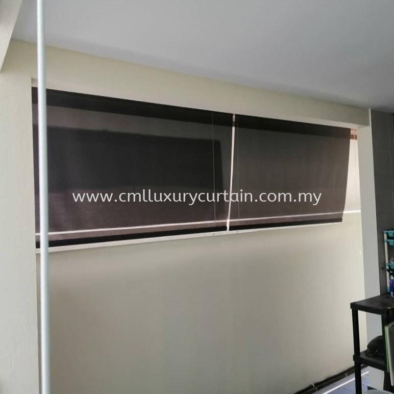 slanting-outdoor-roller-blinds 1