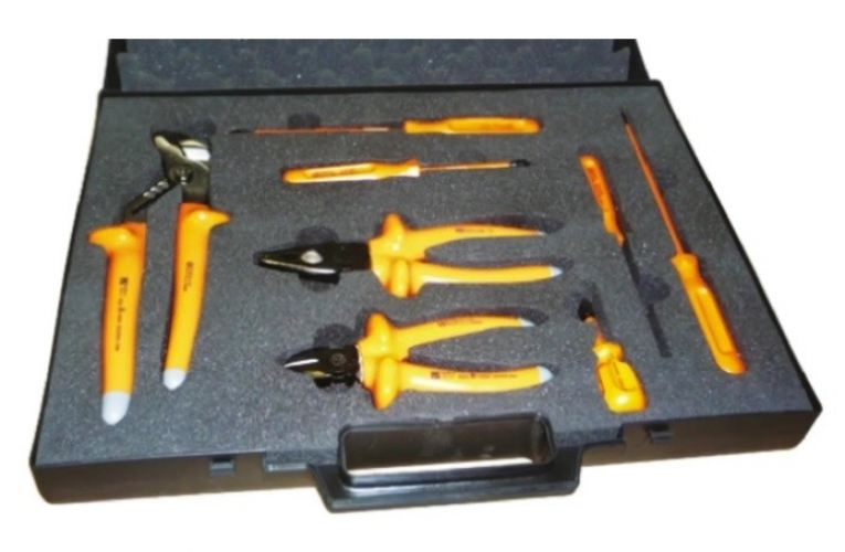 575-548 - RS PRO 8 Piece Electricians Tool Kit with Case, VDE Approved