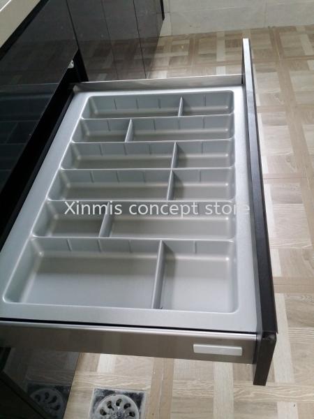 Aluminium kitchen cabinet - Semenyih