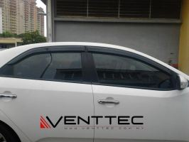 KIA FORTE / CERATO SEDAN (3¡å = 75MM) VENTTEC DOOR VISOR