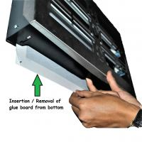Insertion/removal of glue board