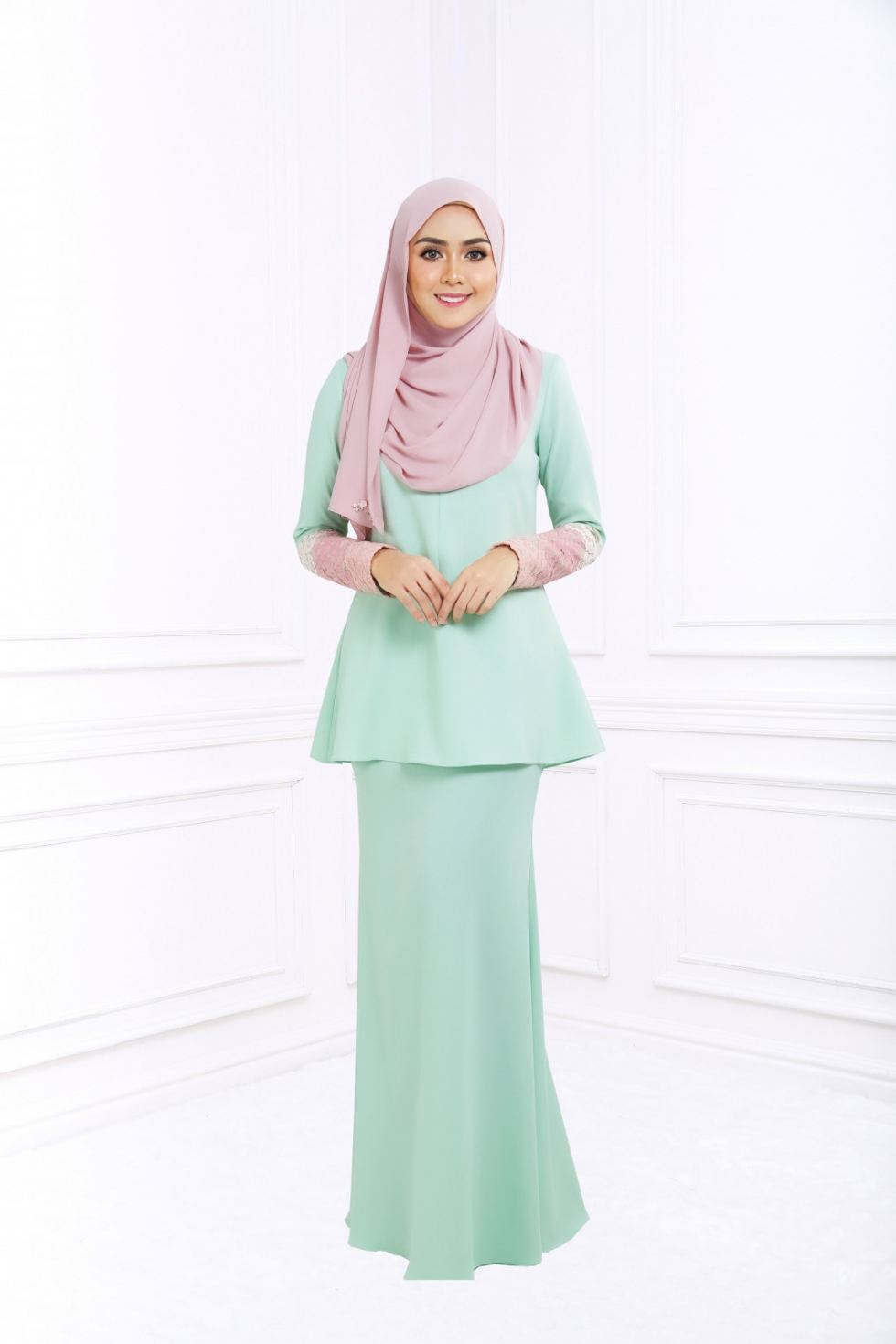 ESTER KURUNG - BLUE MINT