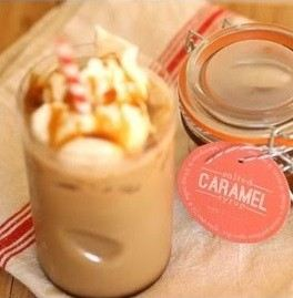 Beverage Topping with Caramel Syrup