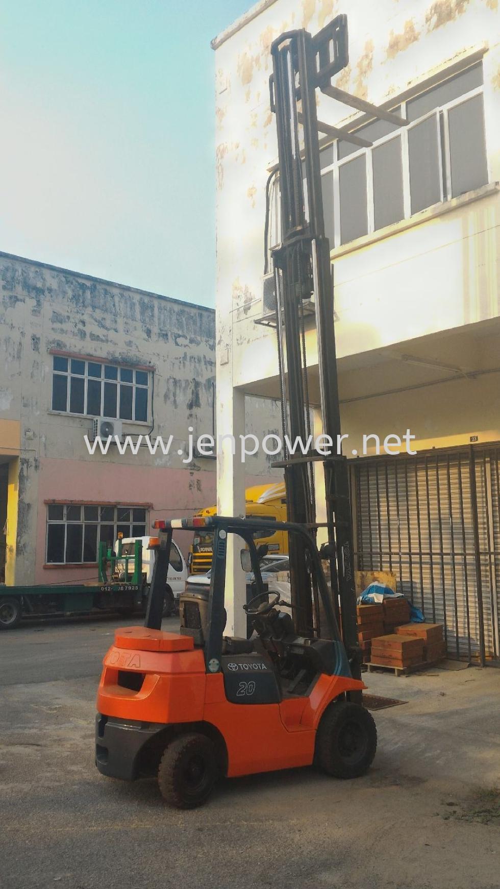 Forklift 2.5ton to 15ton for rental