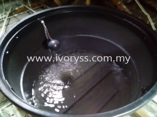 Cleaning Water Tank