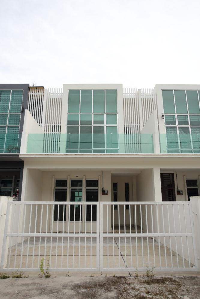 (2010) Cube 166 at Taman JP Perdana- Terrace Housing 166 units