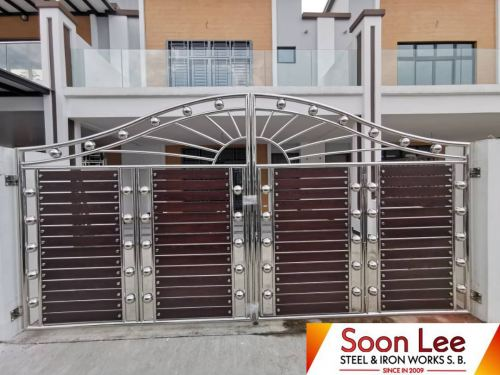 Project at Bandar Cemerlang (grille)